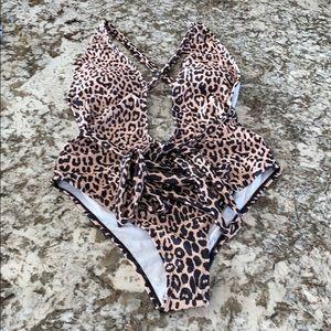 Leopard deep v swimsuit